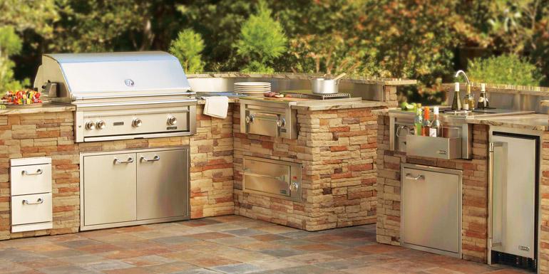 Lynx Outdoor Kitchen