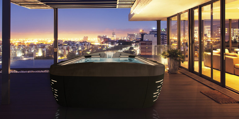 Jacuzzi_J_500_Hot_Tub_Collection __ J500_cityscape_night
